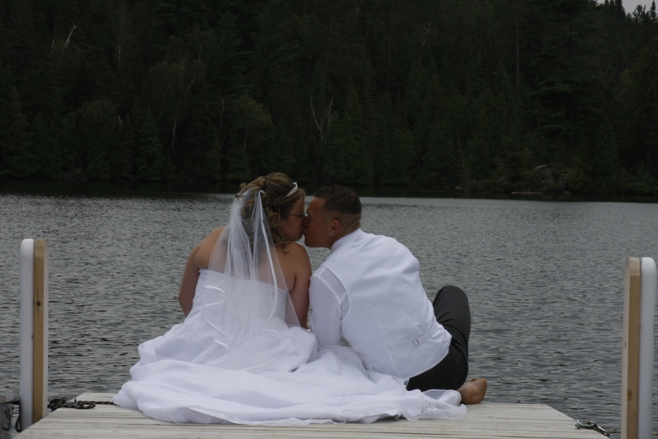 Bride and groom in NOrthern Ontario