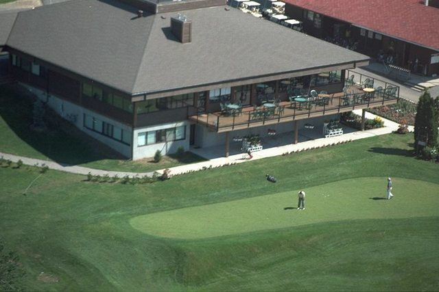 North Bay Golf Course Clubhouse